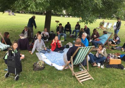Image of ROI painting picnic, Green Park (July 2021)